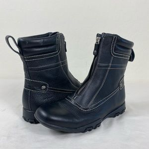 Cole Haan Water Proof leather Chelsea boots 9.5 B